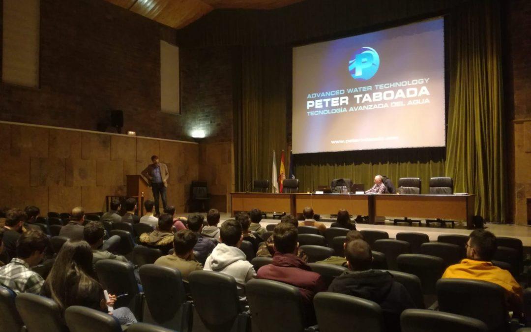Conferencia en la Universidad de La Coruña